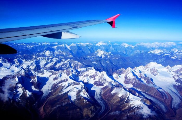 018 Over the Mighty Mountains (Himalayas, India)