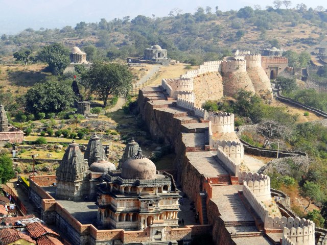 036 The Great Wall of India (Kumbalgarh, Rajasthan, India)
